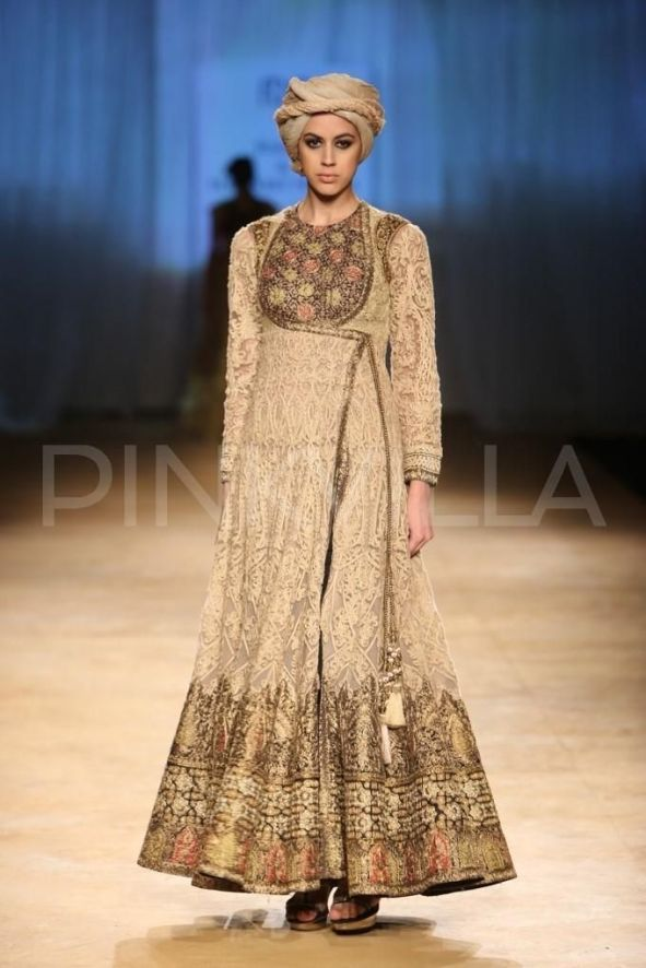 03cfef522c6058b7009df91232701d2d--indian-attire-indian-wear
